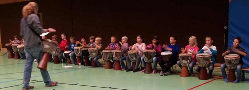 Drummotion mit Drumkids